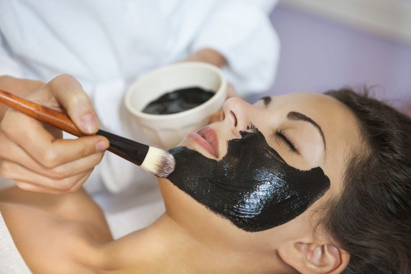 Carbon Laser Peels vs Chemical Peels | LS Aesthetic Clinic