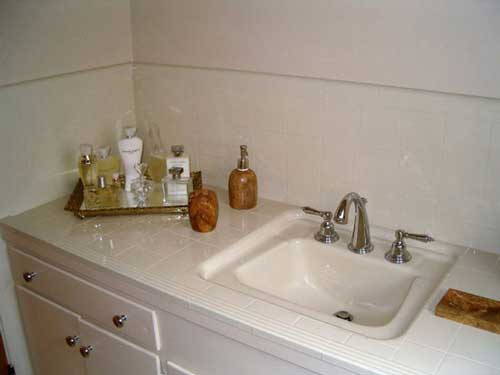 Repaired sink